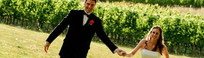 Hochzeitspaar auf der Alm